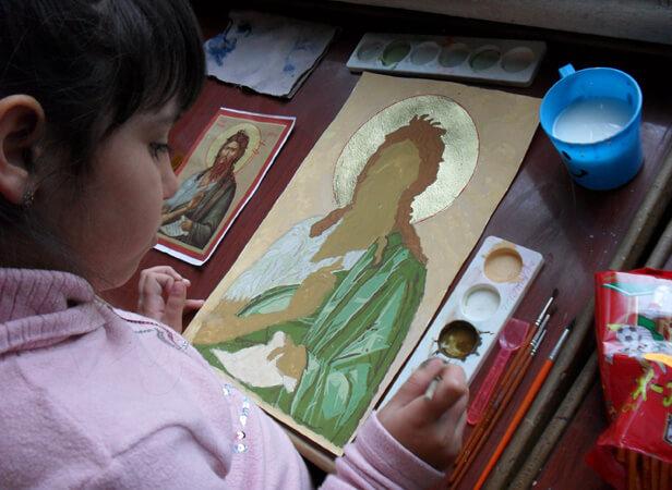 Ателие по иконопис към храма